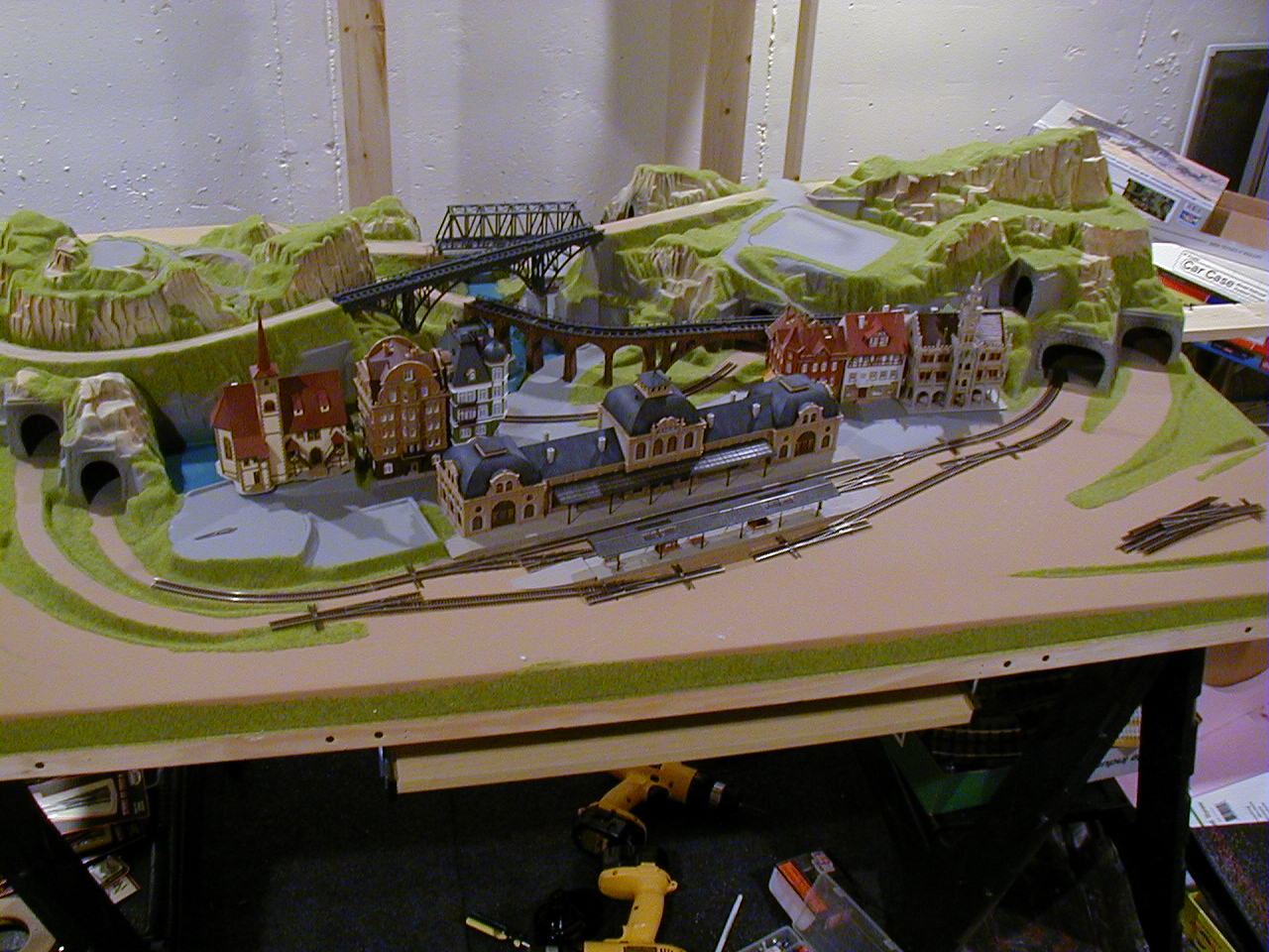 N gauge layout